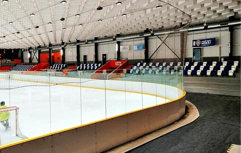 sedačky pro stadiony se sklopným sedadlem prostar výrobce 3